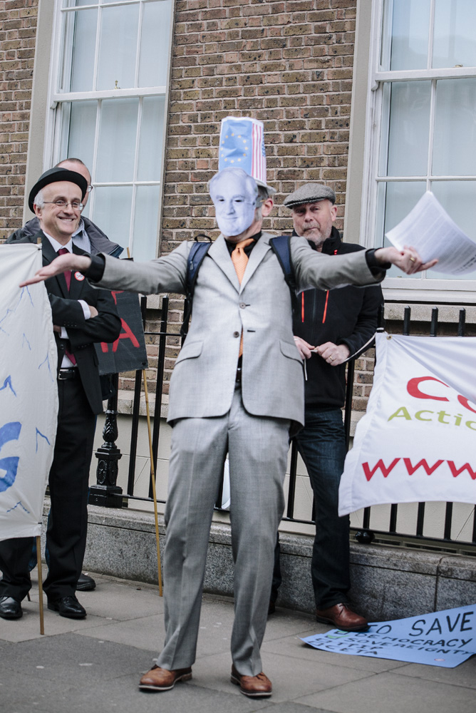 Peter Sutherland Reads 2016 Proclamation of Irish Oligarchy Outside EU Offices in Dublin